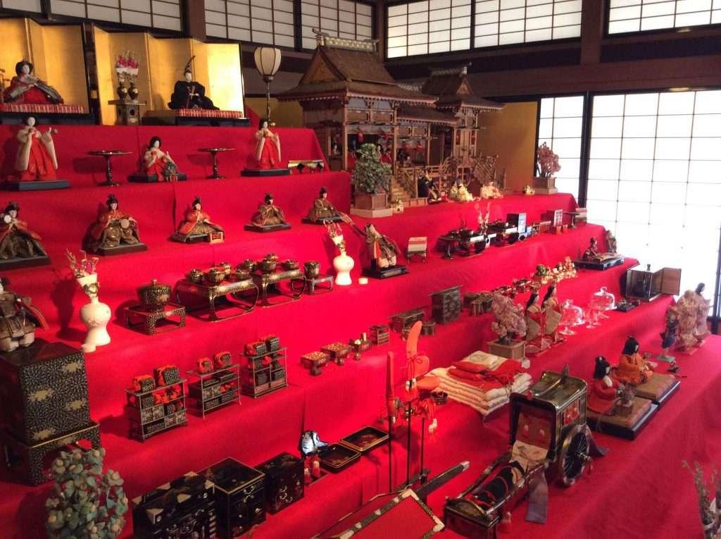 Dolls display toyama memorial museum