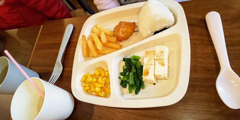 kids plate at vert cafe