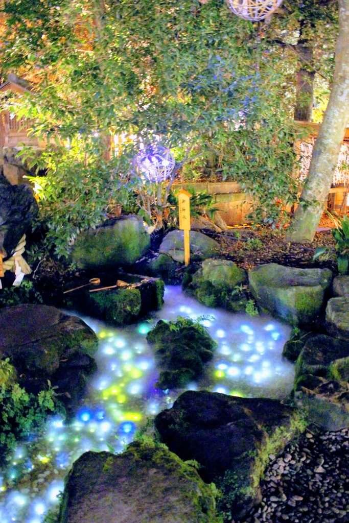 Kawagoe Hikawa Shrine by night . Stream lit up