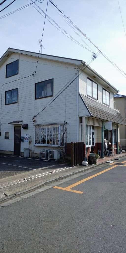 Car parking space adjacent to tea berry kawagoe