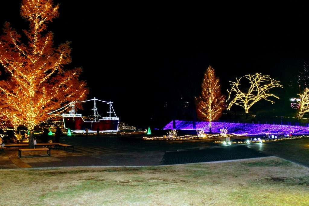 Captain Bubbles pirate ship at Shinrin Park Story of the Forest and Lights