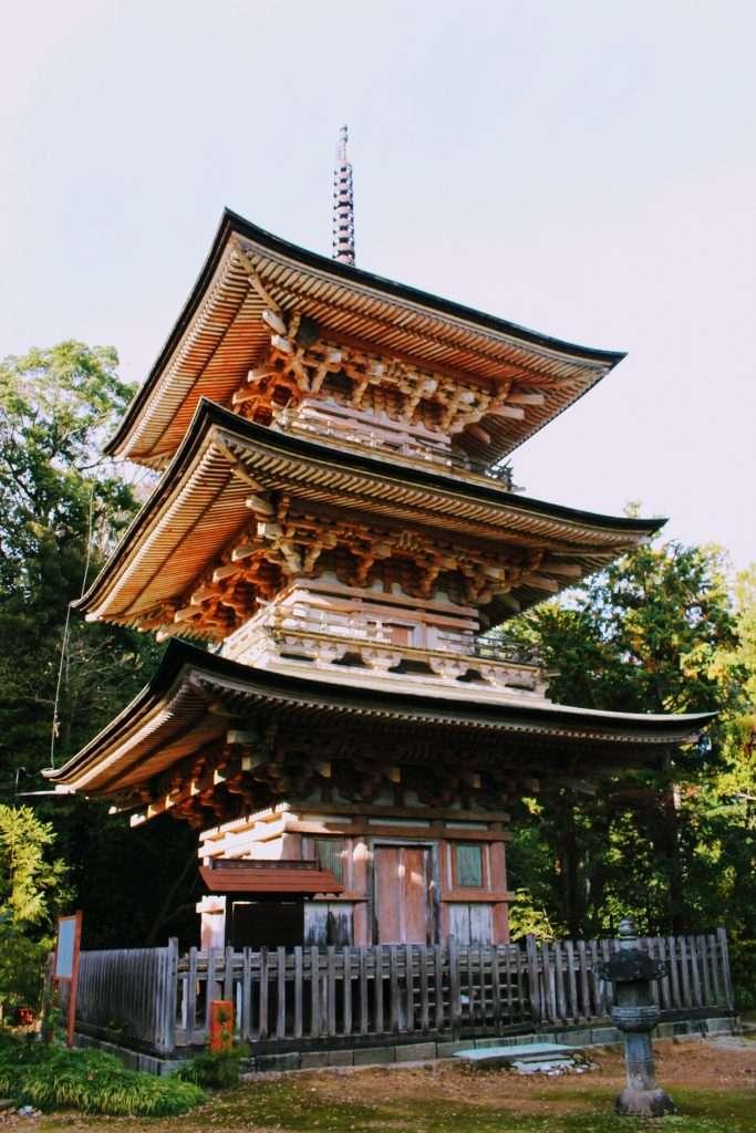 Yoshimi Kannon three tiered pagoda