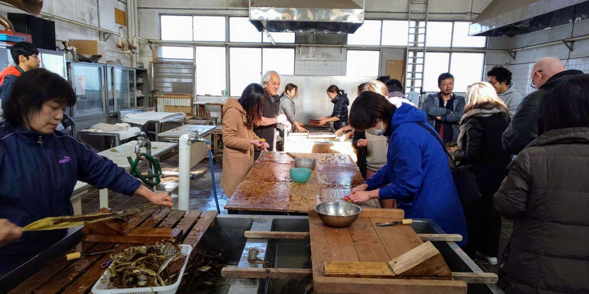 Different stages of washi making washi workshop