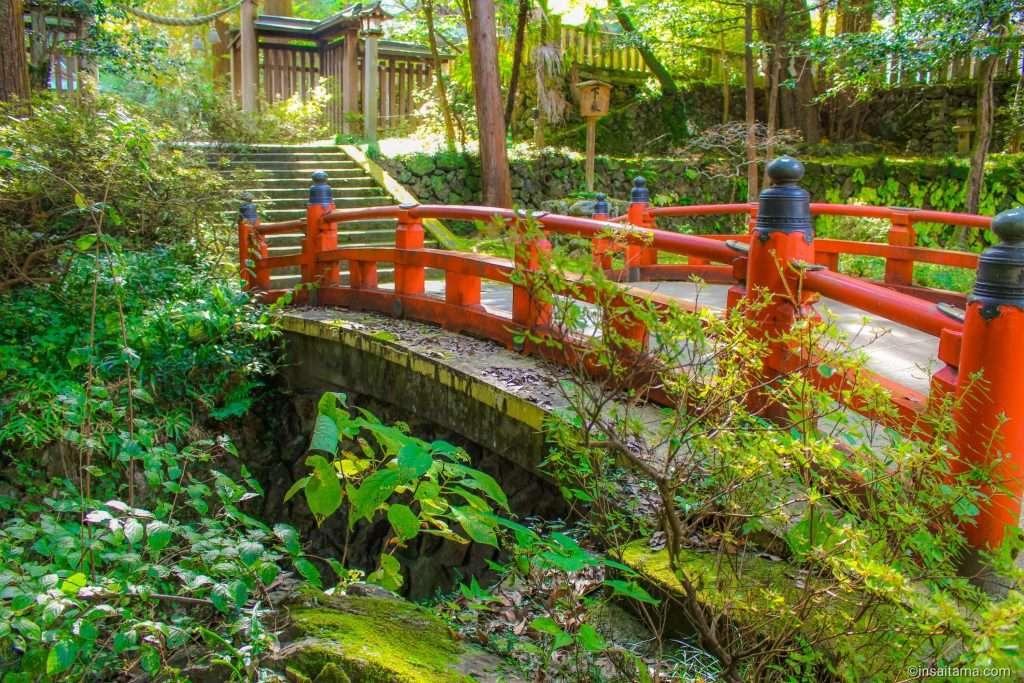 Red bridge at Kanasana shrine