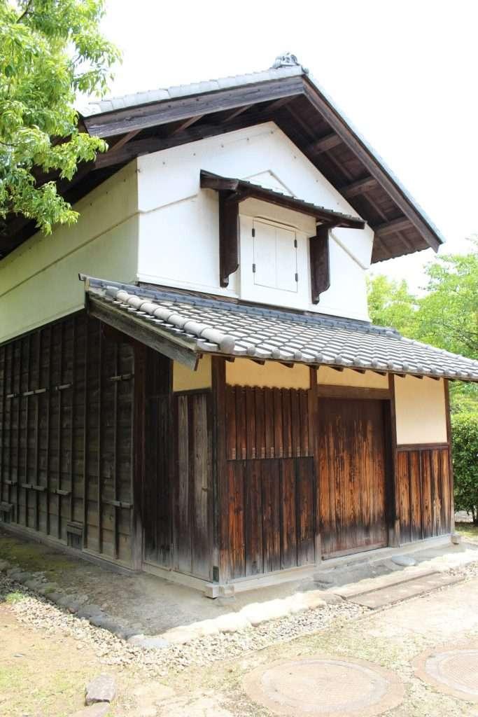 kura storehouse at nanbata castle park
