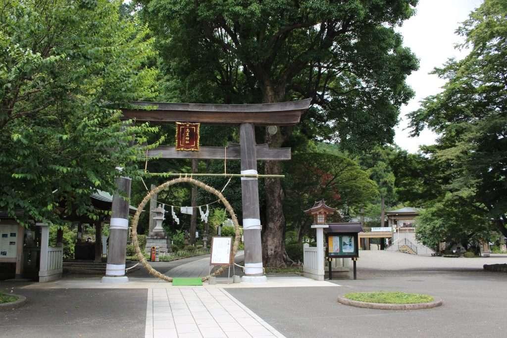 Chinowa Kuguri Koma shrine